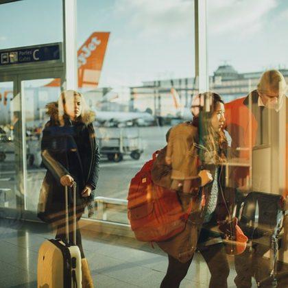 איך להשיג פיצוי כספי מחברת התעופה?